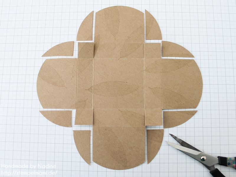 anleitung tutorial box aus den umschl gen f r. Black Bedroom Furniture Sets. Home Design Ideas