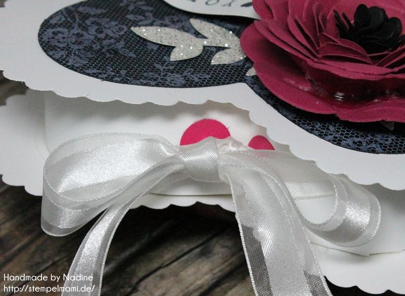Stampin Up Box Goodie Valentinstag Inspiration Art Blog Hop Liebe Love Hochzeit Drehstempel Bigz Spiralblume Framelits Herz Kollektion Stempel I Love Lace Gastgeschenke Verpackung Schachtel  027