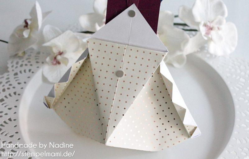 stampin-up-inspiration-and-art-blog-hop-weihnachten-box-verpackung-geschenkidee-stempelmami-stempelset-nette-etiketten-1