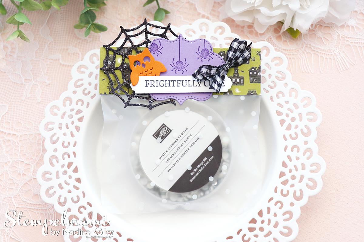 Stampin Up Halloween Bag Topper fuer Geschenktuete basteln Frightfully Cute Stempelmami